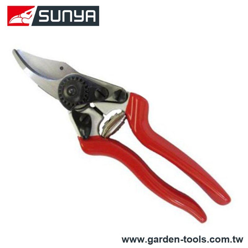 Forged alum handle Bypass pruners