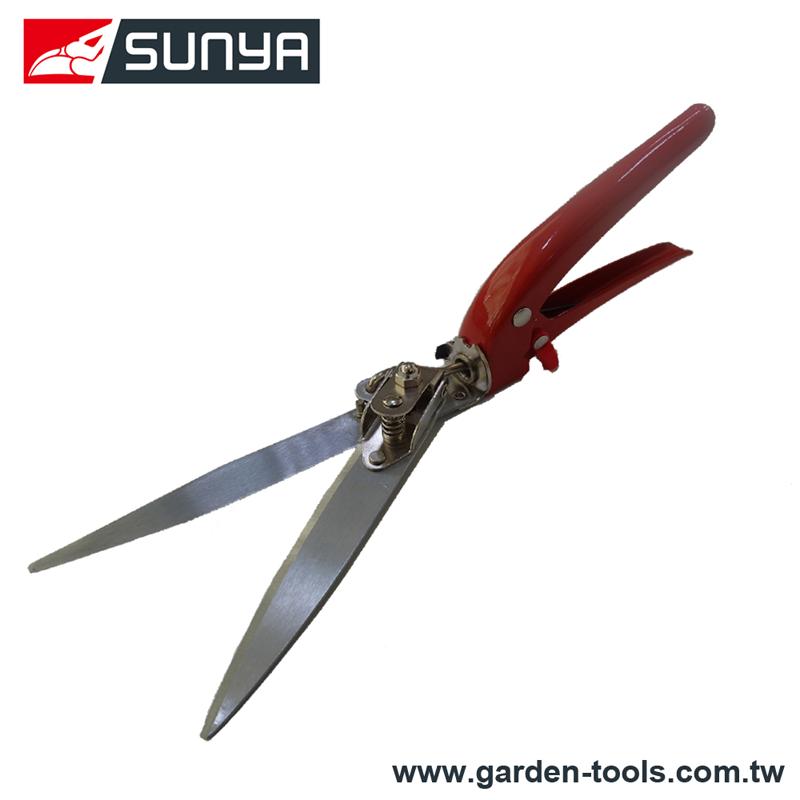 Classic garden straight blade grass cutting shears